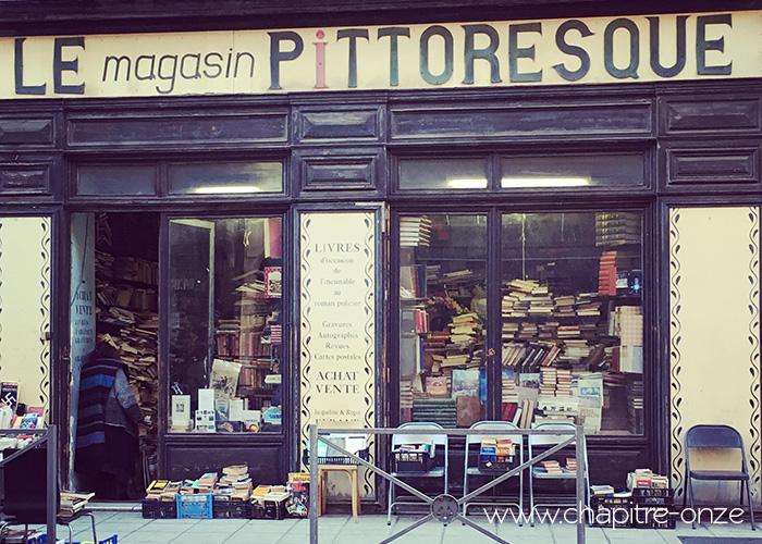 Le magasin pittoresque à Nice. Un Capharnaüm de livres